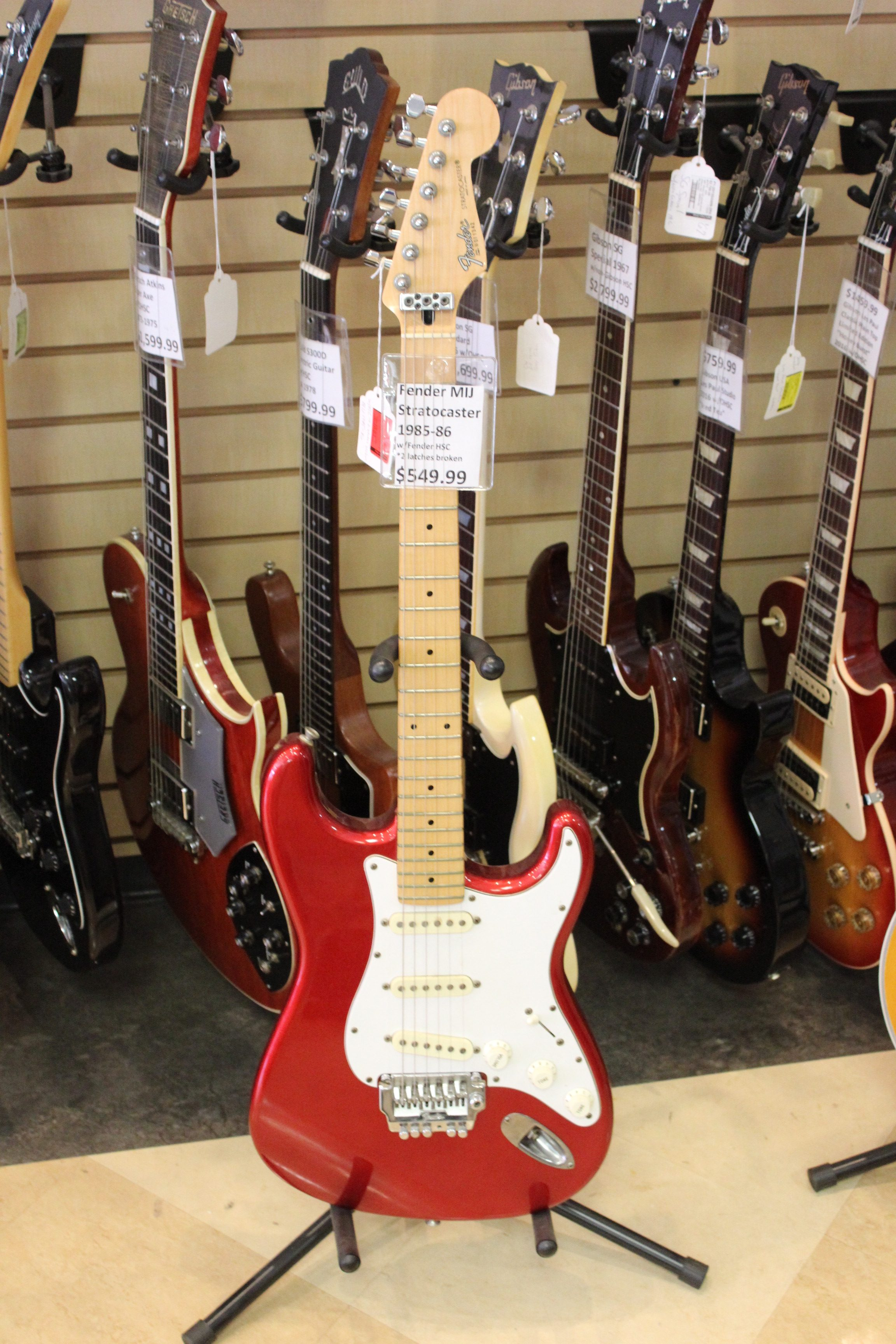 fender stratocaster mij 1980s electric guitar used ted 39 s pawn shop. Black Bedroom Furniture Sets. Home Design Ideas