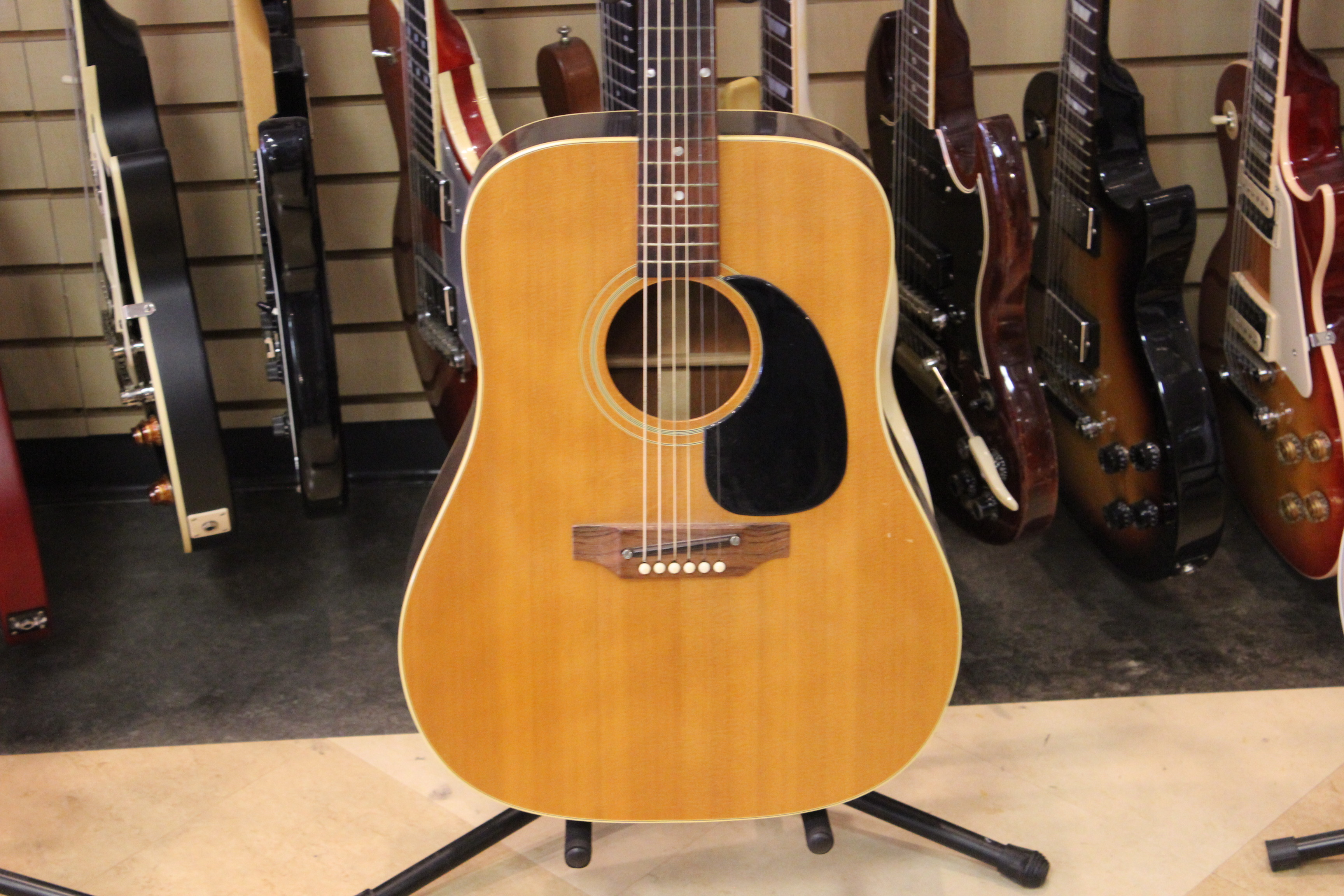 gibson j50 acoustic guitar 1969 used ted 39 s pawn shop. Black Bedroom Furniture Sets. Home Design Ideas