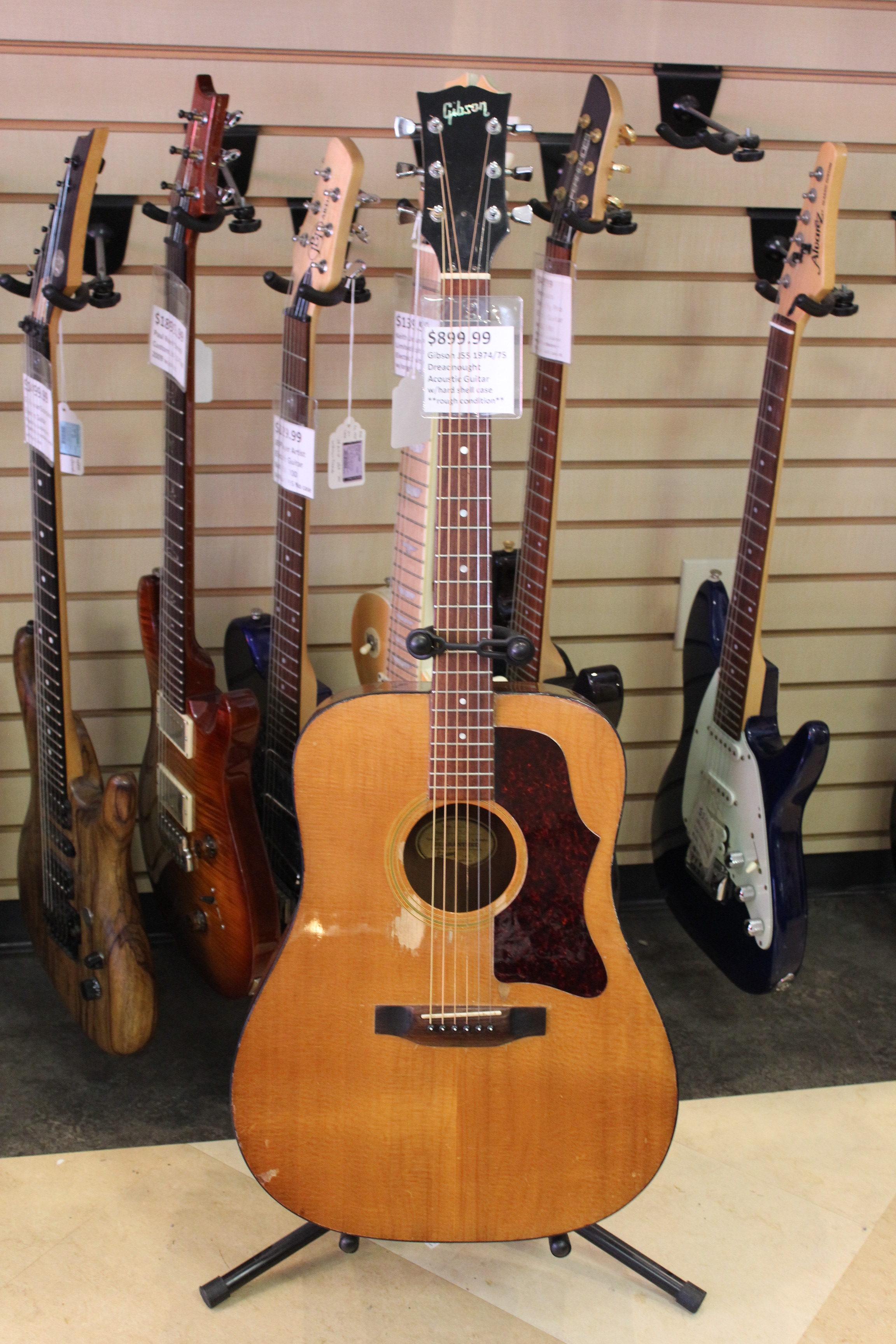 gibson j55 dreadnought 1974 75 acoustic guitar used ted 39 s pawn shop. Black Bedroom Furniture Sets. Home Design Ideas
